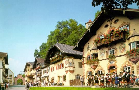 Neubeuern in der Region Rosenheimer Land Chiemsee Chiemgau ...